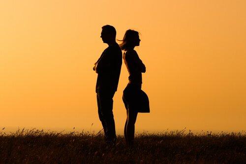 女性ホルモン 恋愛